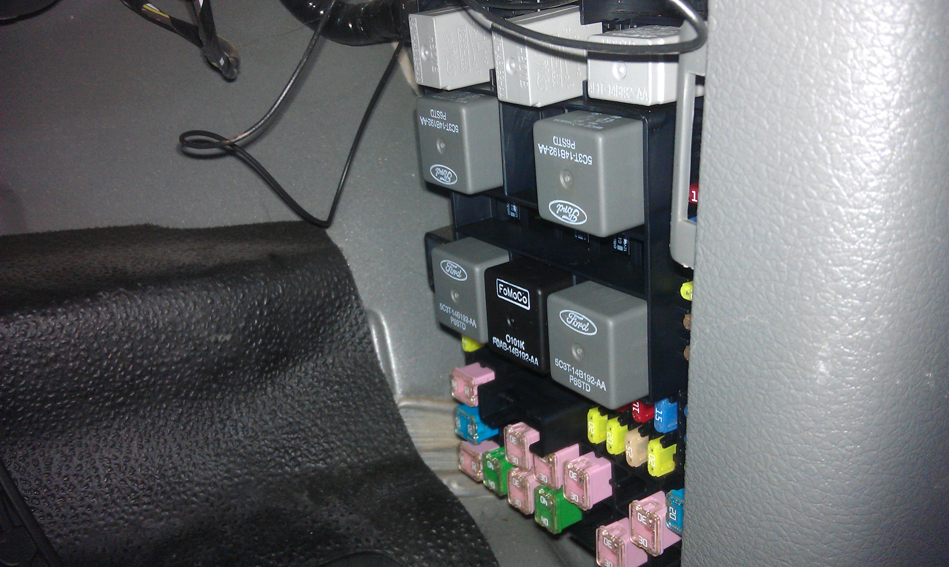 IMAG0055 2007 f150 quick trailer wiring install f150online forums 07 f150 fuse box at nearapp.co
